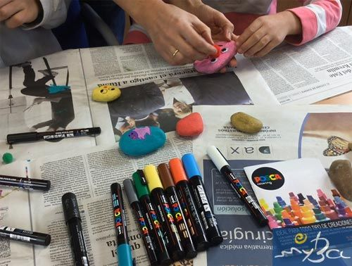 Piedras pintadas con rotuladores Posca, tutorial cómo pintar piedras.