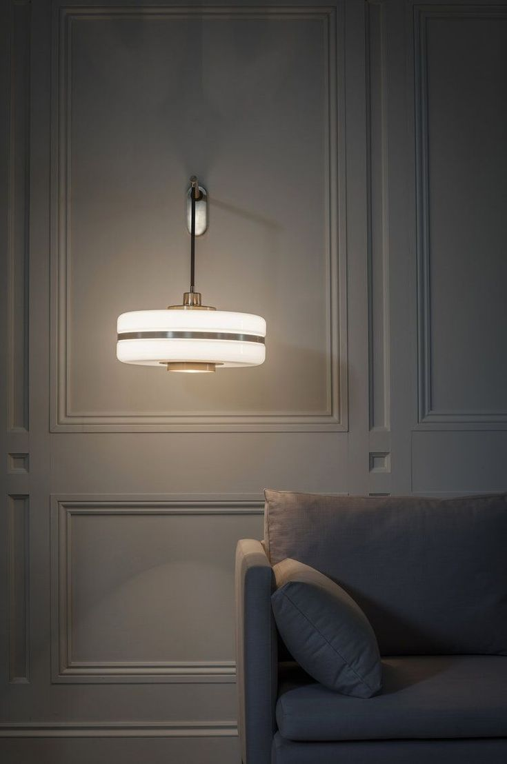 Before starting your next interior design project discover, with Essential Home, the best mid-century and modern lighting for your home decor project! Find your inspirations at http://essentialhome.eu/