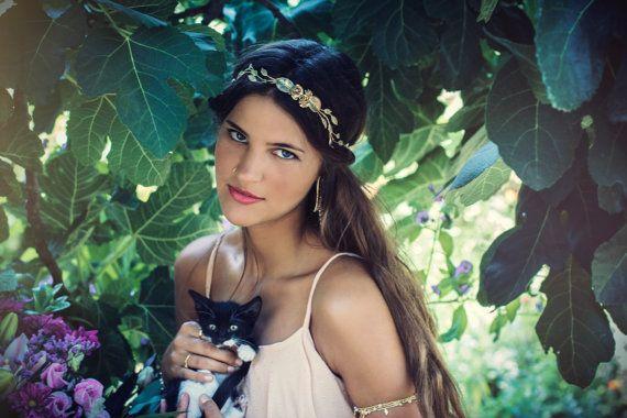 Hey, j'ai trouvé ce super article sur Etsy, chez https://www.etsy.com/fr/listing/161029937/morceau-de-cheveux-rosalyn-bridal-fleurs