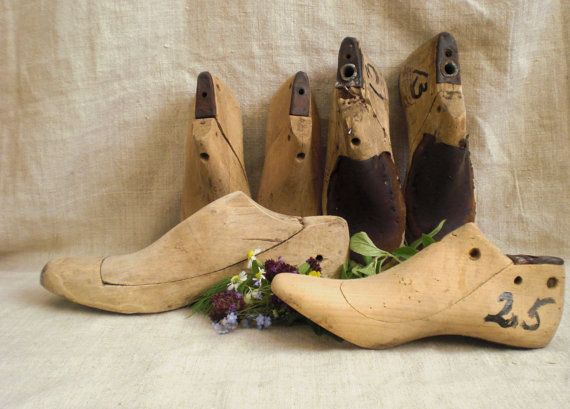 Vintage wooden shoes form wooden shoe lasts by vintagefullhouse, $24.60