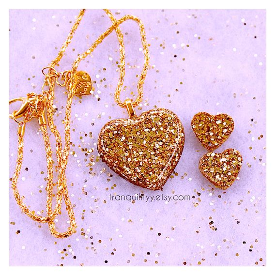 Gold Glitter Heart Necklace & Earrings  Resin by tranquilityy