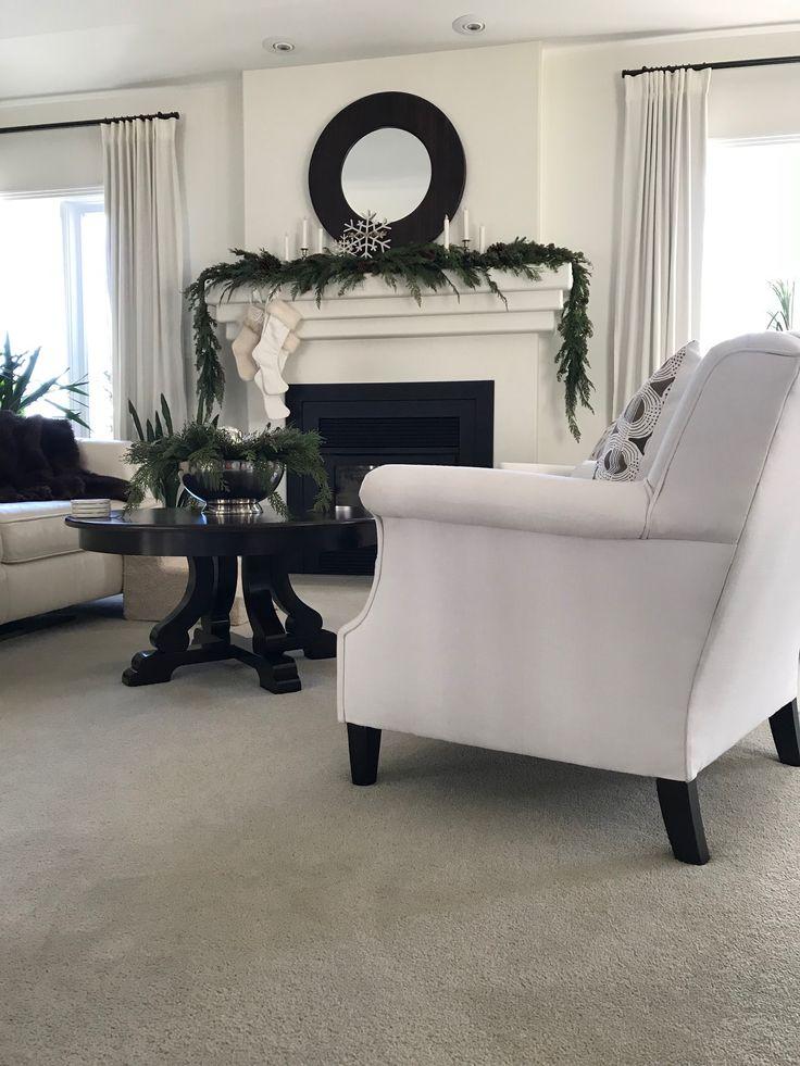 thebenderbunch living room winter greenery