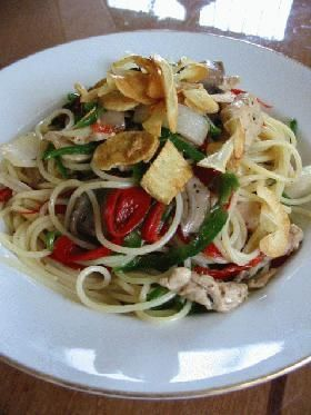 cold pepper sauce pasta イタリアンフラッグ・コールドパスタ~ピーマンの冷製パスタ~  (red bell pepper, green bell pepper, chicken breast, mushroom, stock, basil)