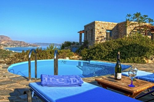 Extraordinary sea view from the villa's private pool