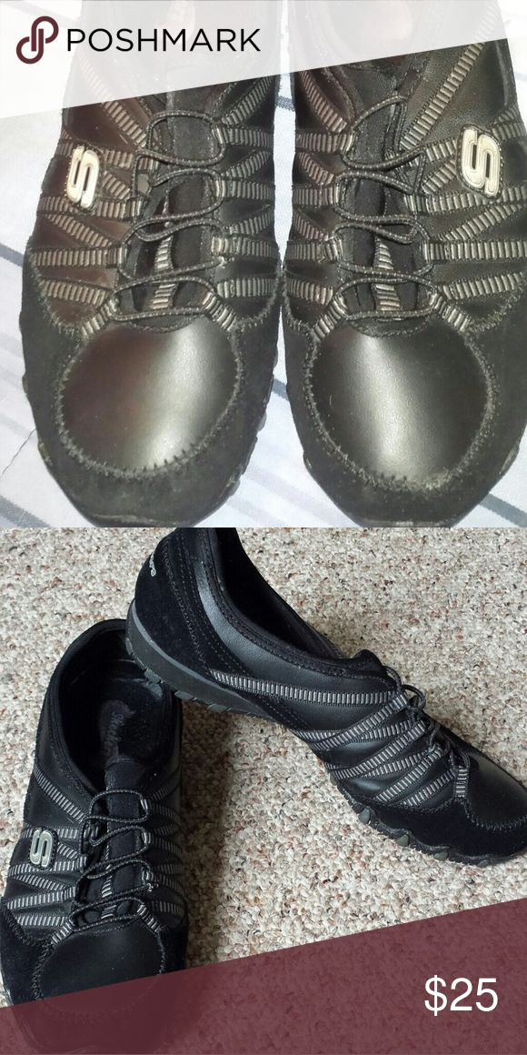 Skechers slip on tennis shoes Slip on shoes. Super cute. And slims your feet for a sleek look. Wore twice. Like new Skechers Shoes Sneakers