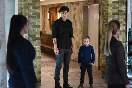 Alec e Max Lightwood. Serie TV, TMI.