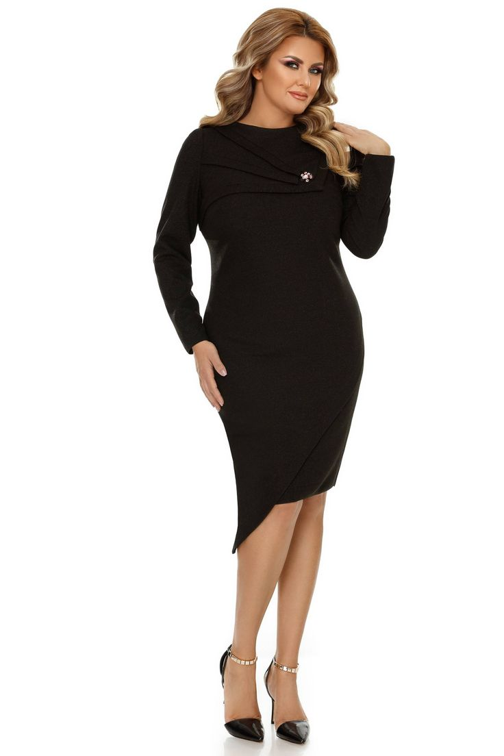 Rochie Plus Size Frida Neagra - Fă-te remarcată la ocaziile speciale printr-o ținută cu linii clasice și accente originale, așa cum este rochia plus size Frida neagră. Confecționată din jerse cu fir irizant, această little black dress concepută special pentru femeile plinuțe îți conferă un look de o distincție apar