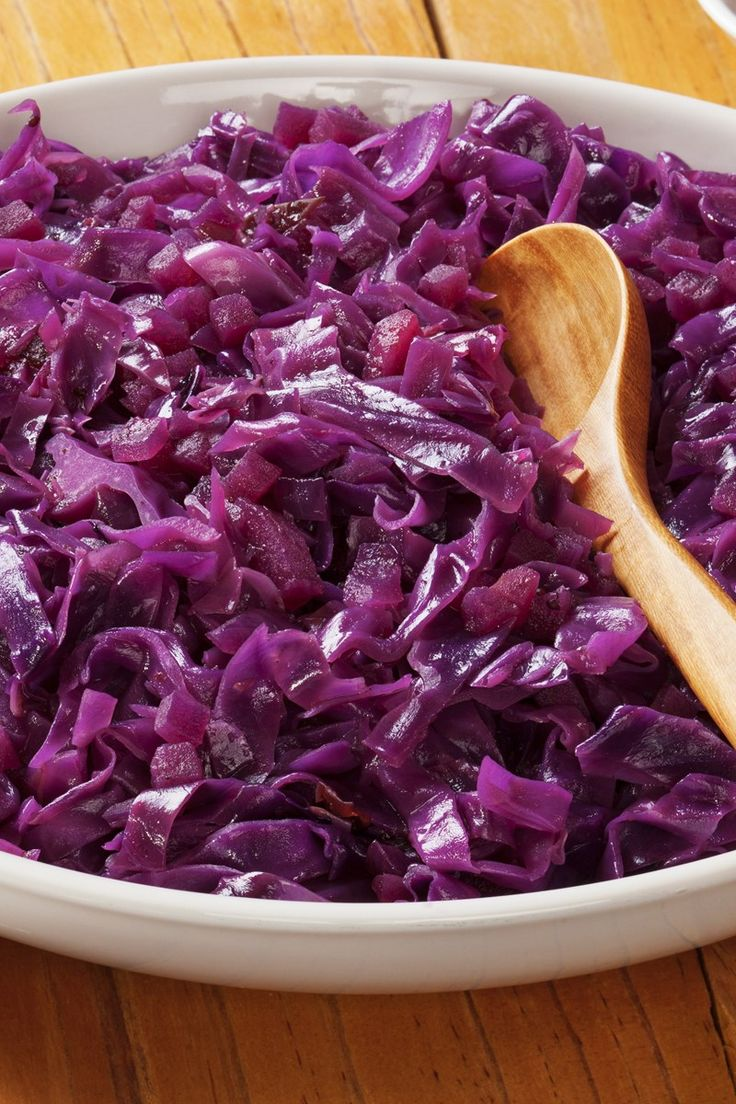German Red Cabbage Recipe ~ So good and it's easy to prepare. Always delicious to have summer food during the winter and it's always better when you make it yourself!