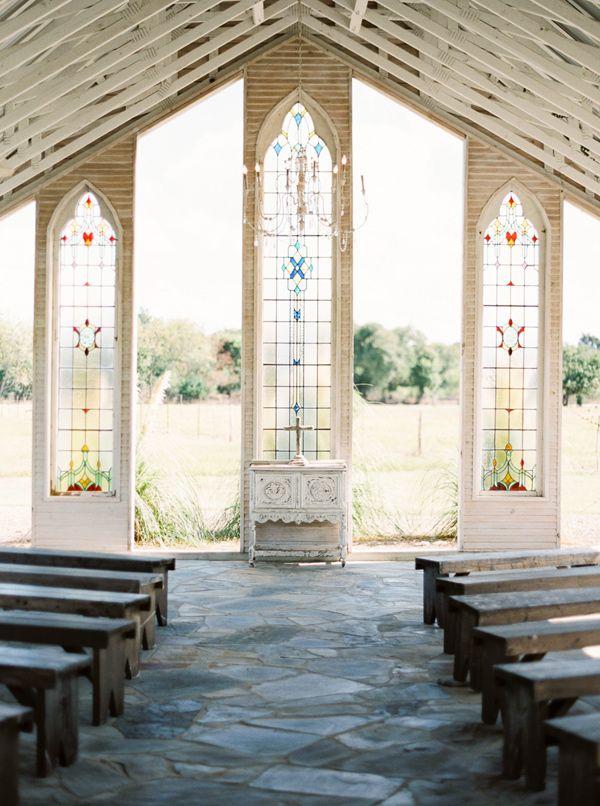 ceremony setup - photo by Jessica Scott Photography http://ruffledblog.com/intimate-colorful-wedding-at-gruene-estate