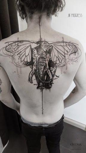Dvouhlav� inspirace: tetov�n� s motivem slona
