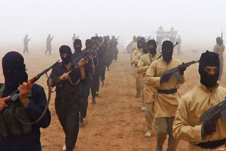 ISIS rebut kembali wilayah di Irak  SHIRQAT (Arrahmah.com) - ISIS telah berhasil merebut kembali sebuah wilayah di Irak dari tangan Pasukan Keamanan Irak (ISF) setelah terjadi perang singkat yang berlangsung Sabtu malam (8/10/2016) sumber-sumber militer Irak telah mengonfirmasi. Tentara ISF telah menarik diri sepenuhnya dari desa-desa yang sebelumnya berada di bawah kendali mereka.  Bentrokan terjadi di selatan Shirqat sebuah wilayah yang direbut kembali bulan lalu dari ISIS oleh ISF dengan…