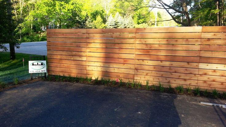 Horizontal cedar wood fence - Good Neighbor (looks the ...
