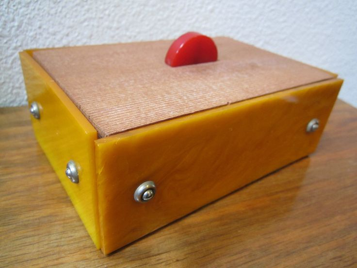 62 best Bakelite Boxes images on Pinterest Jewelry box Trinket