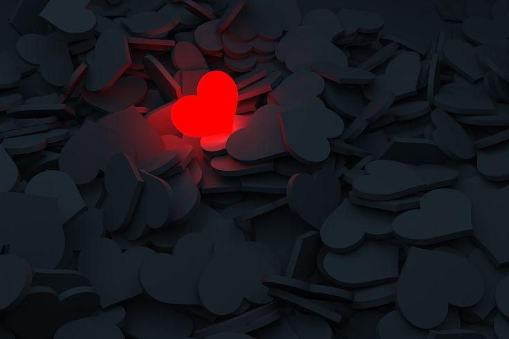 Sokáig+azt+hittem,+hogy+a+szerelem+nem+más,+mint+az+istenek+rossz+tréfája+az+emberekkel.+Egy+láthatatlan+trónuson+ül+egy+isten+vagy+több,+kinek+mi+a+kedvesebb+változat+és+kedve+szerint+pöckölgeti+az+embereket+ide-oda+a+világban.+Néha+elküld+hozzánk+egy-egy+reményteli+jelöltet,+megörülünk+neki,+majd…