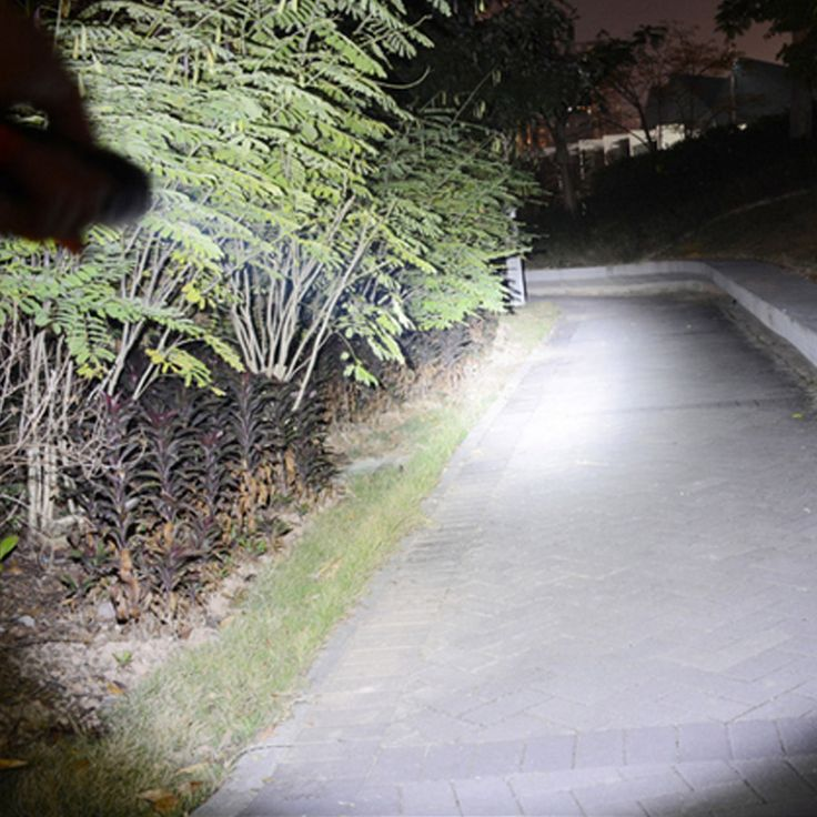 "Ultrafire XML-T6 ""9500LM"" 7-LED 3 Modes Super Bright White Flashlight Torch Black - Tmart"