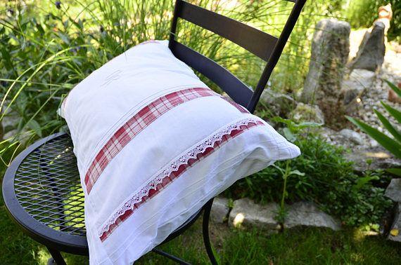 vintage pillowcase, like my grandma