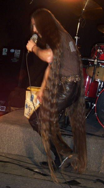 the singer from eyefear has the longest hair ive ever seen