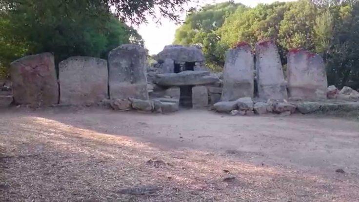 Olbia / Tomba dei Giganti di Su Monte de s'Ape.