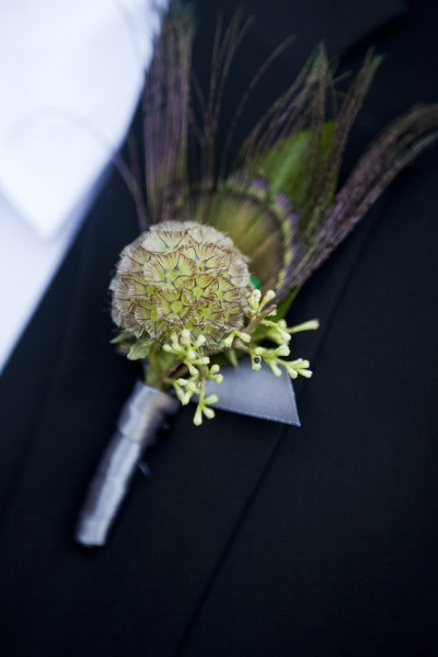 Quirky peacock feather boutonnière. Photography by lisawisemanweddings.com / Floral Design by nancyliuchin.com