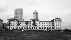 This Galle Face Hotel is probably the oldest in Sri Lanka, and one of the oldest in the world. Having opened in 1864, the Grand Dame is now over 150 years old. The property is vast with 156 rooms in two wings, spread right alongside the coast. When I walked into the Galle Face Hotel, I felt I had walked back into Sri Lanka's colonial era.