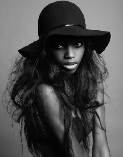 Maria Borges.: Models Maria, Hair Colors, Maria Borg, Hats Passion, Models Photography, Hats Hair, Fashion Photography, Black Beautiful, Models Worthi