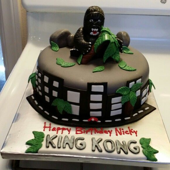 King Kong Cake My Cakes In 2019 Cake Party Cakes