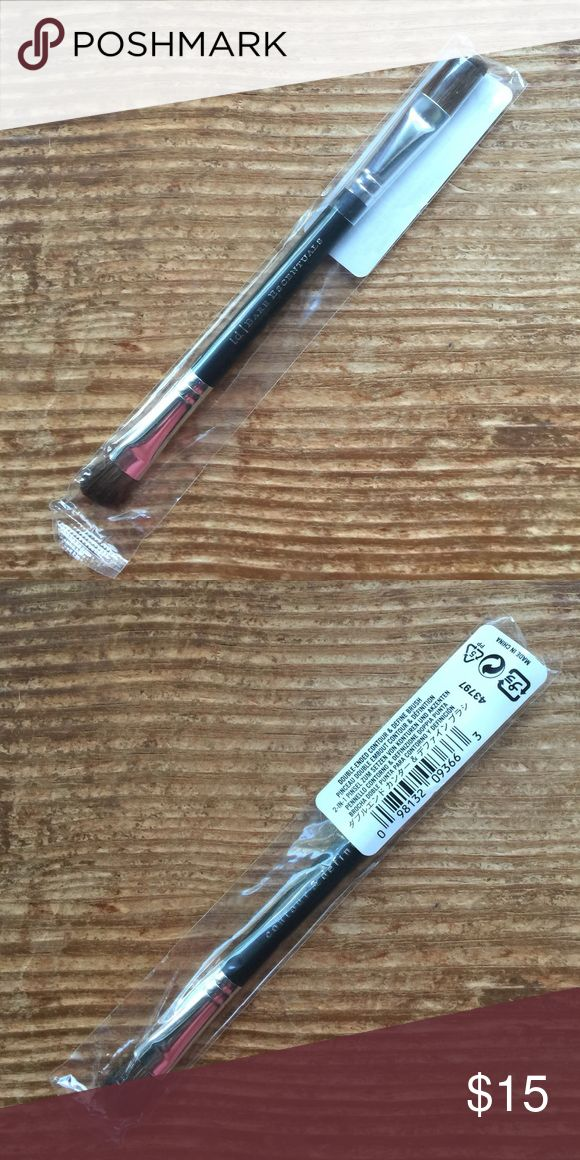 Double Ended Contour & Define Brush Bare Minerals Brand new, sealed double ended contour and define brush from Bare Minerals. Please ask if you have any questions, need any measurements or more pictures. No trades. bareMinerals Makeup Brushes & Tools