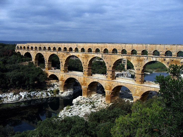 Le pont du Gard is an ancient Roman aqueduct that crosses the Gard river near Remoulins in the south of France.  It was possibly used until the 9th century.