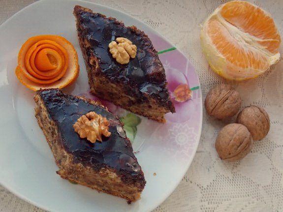 пирожные с тыквой, орехами и апельсином в шоколадной глазури