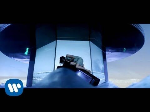 Mana - Lluvia al corazón (Video Oficial)