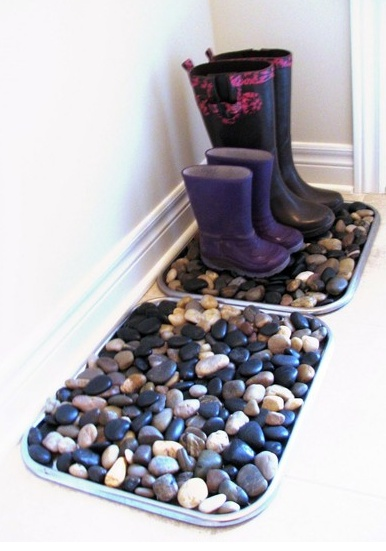 i need to get to the beach and collect some rocks! instead of using a rock polisher you could use a clear paint to get the shine