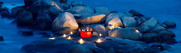 Dîner romantique pour un voyage de noces en Indonésie