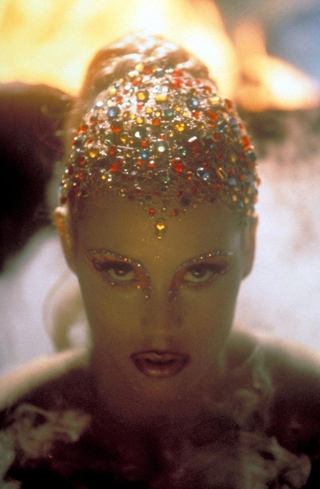 SHOWGIRLS | Saturday Editor's Pick: Showgirls (1995)