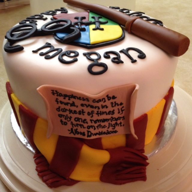Harry Potter birthday cake.@Autumn Eaken Wallace it's a sign from Dumbledore himself that I need to have a HP themed birthday party and I don't care how cool my friends think they are, they all better show up and participate.
