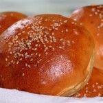 Home-made+burger+buns+for+a+perfect+hamburger+night