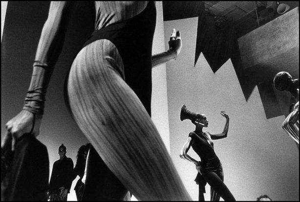 PARIS—A fashion show, 1987.  © Ferdinando Scianna / Magnum Photos