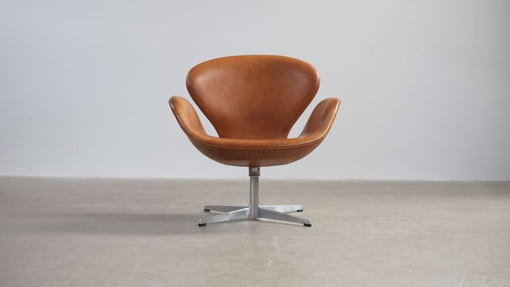 Swan Chair by Arne Jacobsen. (1958)