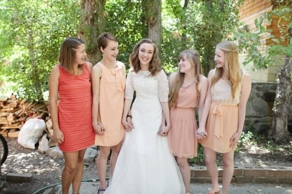 bridesmaids styles: Colors Dresses, Hold Hands, Bridesmaids W, Bridesmaid Dresses, Colors Schemes, Bridesmaids Styles, Coral Photography, Bride Dresses, Country Club Wedding