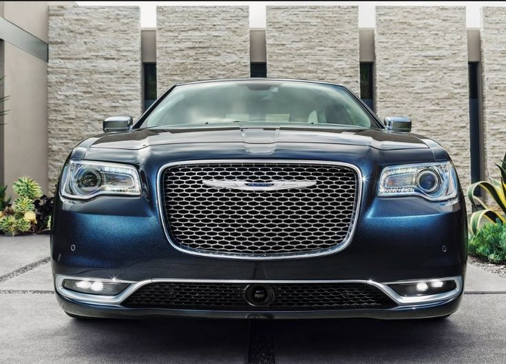 Chrysler 300 2018 - New Chrysler 300 will coming out with a few modifications on many part, Design, Engine.The forthcoming 2018 Chrysler 300 is just