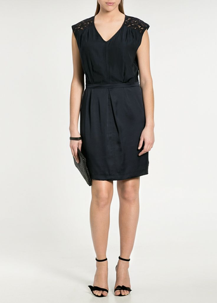 Your Style Lab | Donkerblauwe jurk Violeta voor O silhouet