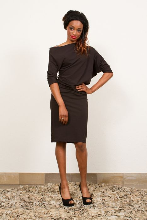 Pearl in black heavy viscose with versatile pencilskirt and bias top that can be worn offshoulder