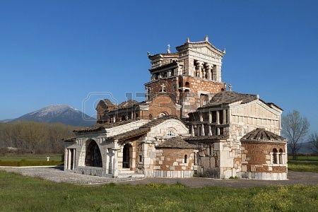 15926910-temple-of-agia-foteini-at-tripoli-greece.jpg (450×300)
