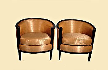 A pair of golden armchairs - Art Deco glamour