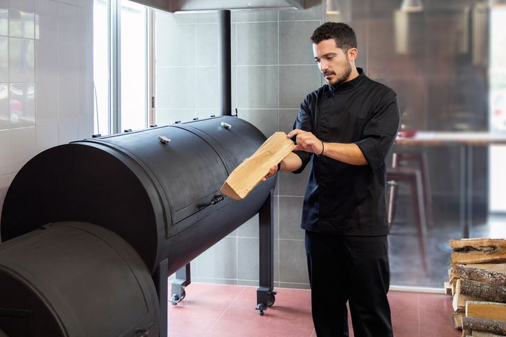 Μama Roux South: Το αγαπημένο γευστικό spot της Αιόλου... κατεβαίνει νότια! - Νέες αφίξεις - Athens Magazine