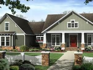 Craftsman Style Exterior House Color Schemes Light Brown Brick House ...