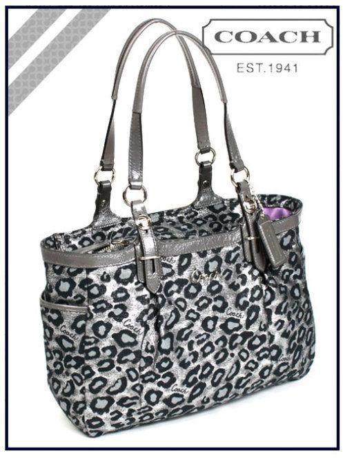 <3 animal print. Coach  Cheetah Leopard Print Bag Purse