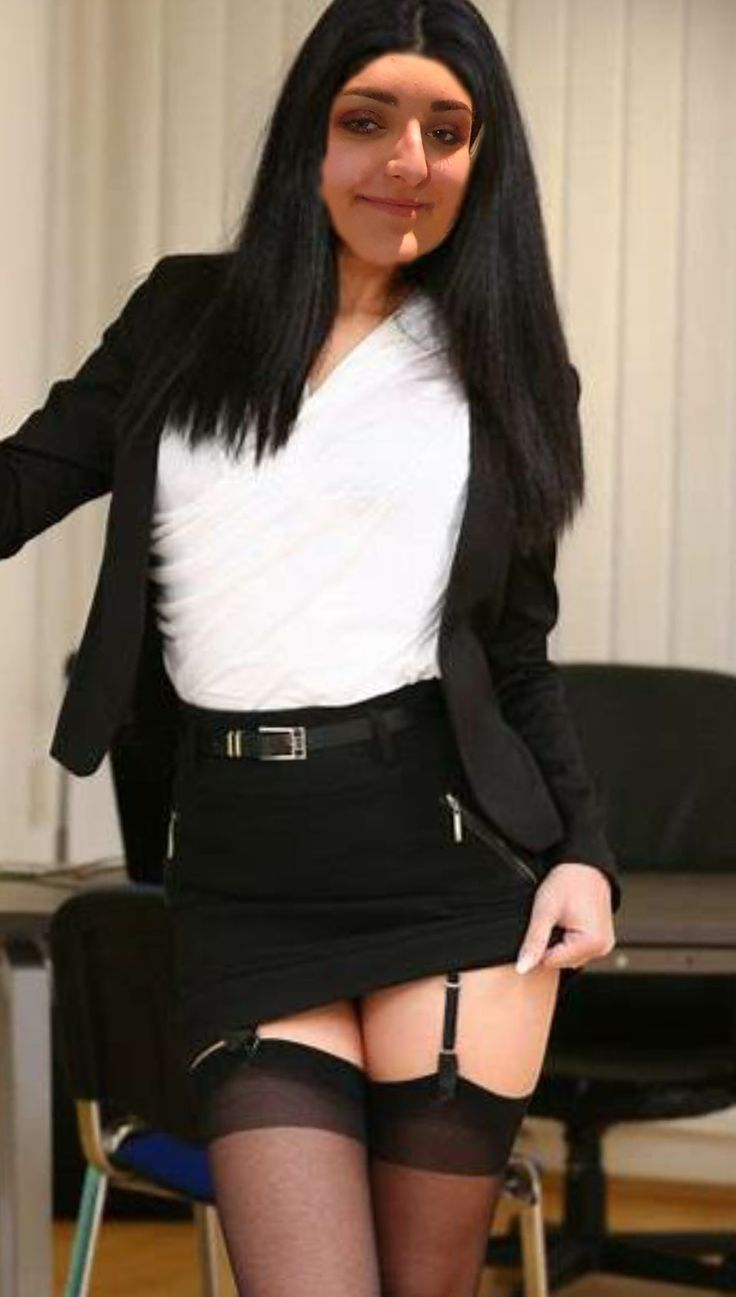 @gillianvidegar   Mini skirts, Fashion, Leather skirt