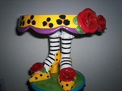 I have a love of cake plates with something interesting on the pedestal base. Have several with shoes but this one is one of my favorites for it's sense of whimsy.: Photos, The Wizard Of Oz, Funky Shoes, Cake Magico, Shoe Cakes, Cake Stands, Cake Plates, Mira Cakes