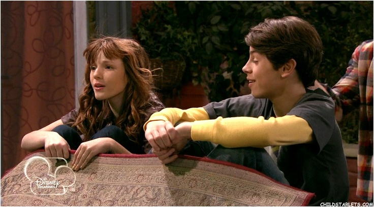 Bella thorne wizards of waverly place are