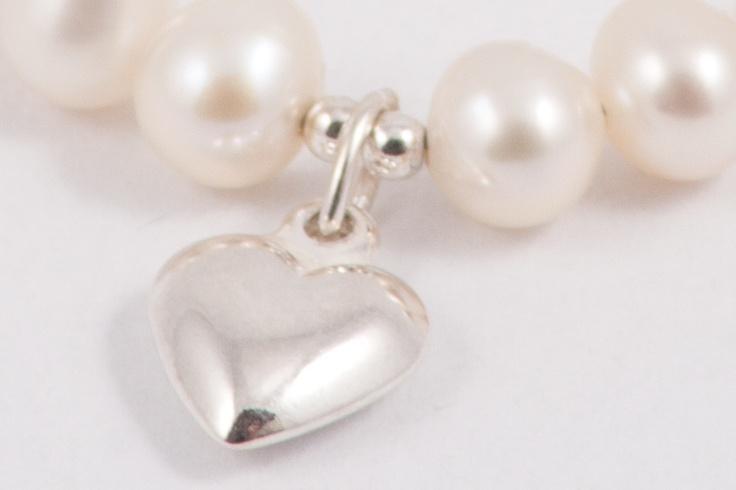 De schattige echt zilveren hartjes bedel van mijn juweel